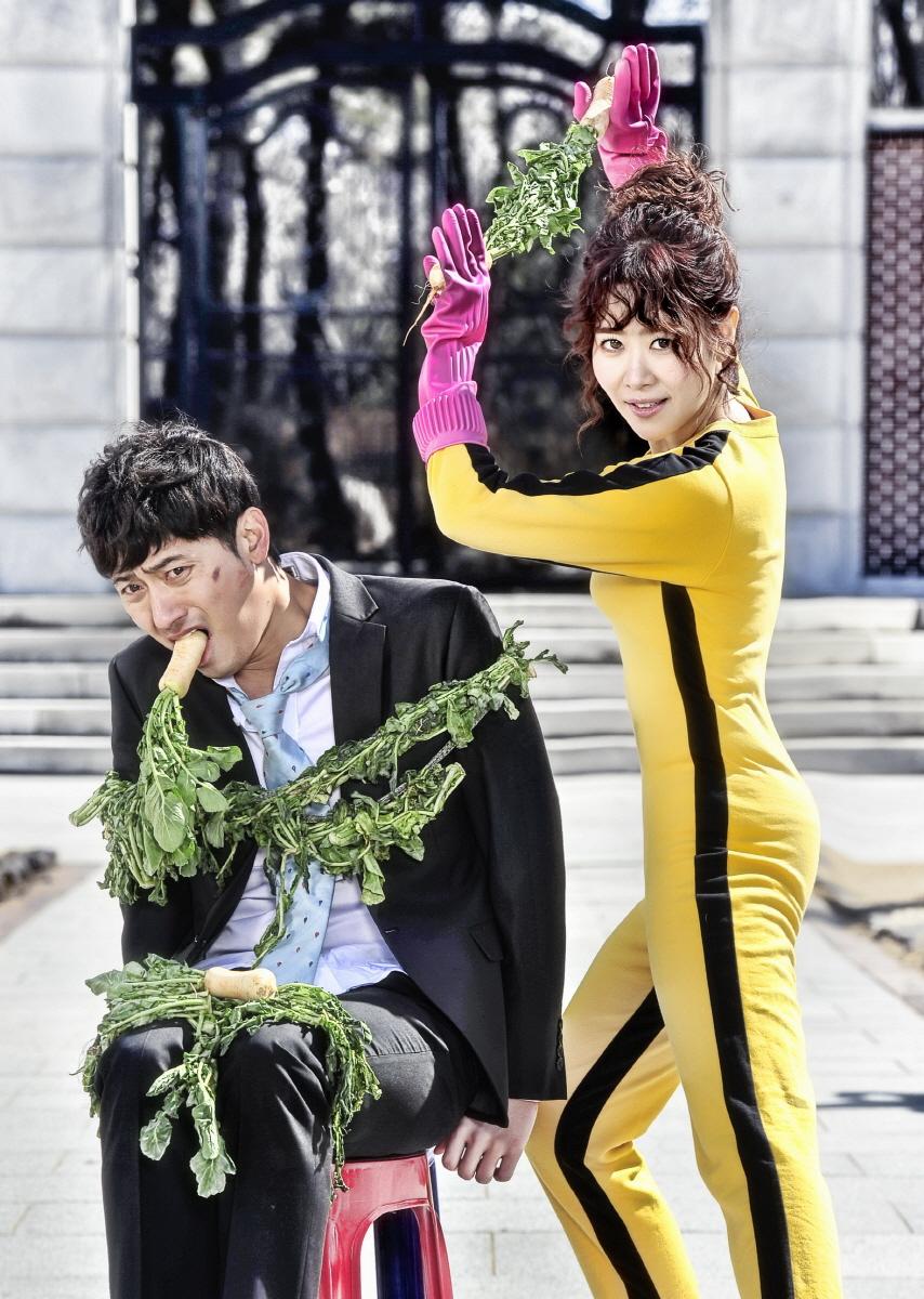 배우들의 '빛과 그림자'? <모두 다 김치>  팔색조 매력에 '눈길'